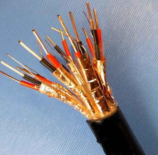 计算机电缆 (1)